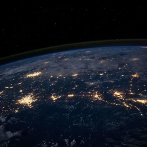 Rileggere il Capitale. Ambiente digitale, conflitti globali, vuoti democratici, miseria dei media